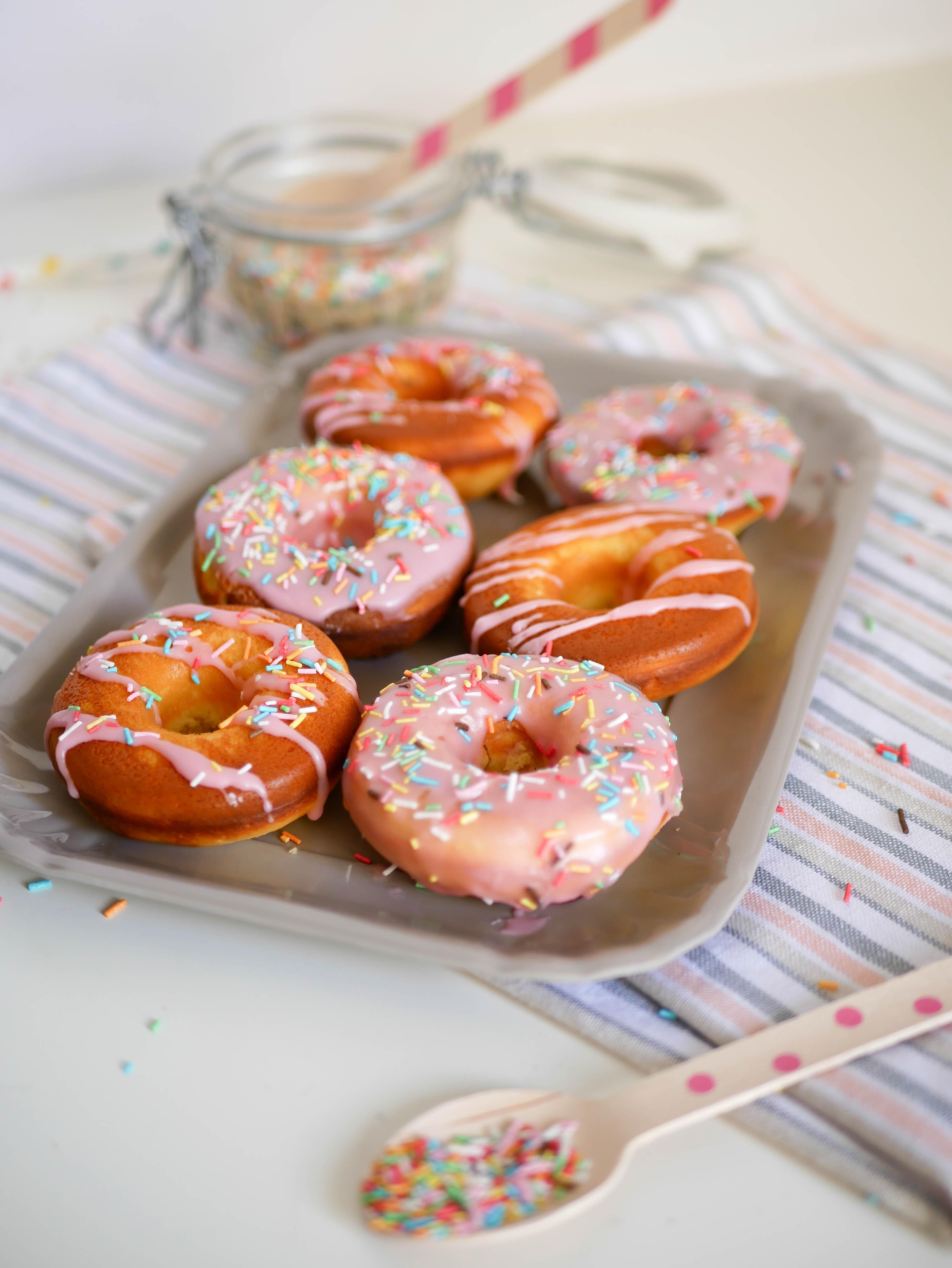 Ricetta Dei Donuts Al Forno.Donuts Al Forno Le Famose Ciambelle Di Homer Simpson